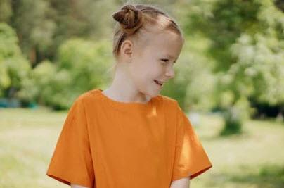 صورة طفلة تضحك